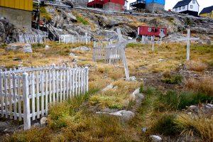 Cemetery at Uummannaq